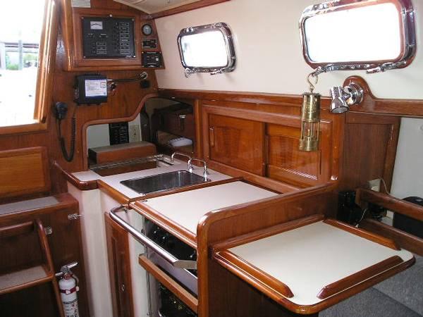 Small Boat Interior Design Ideas.Yacht Interior Design 34ft Sailing ...